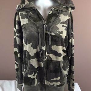 New York and co camouflage green hoodie L